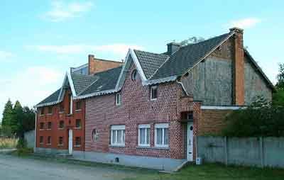 Woonhuis en molengebouwen te Lovenjoel in 2003
